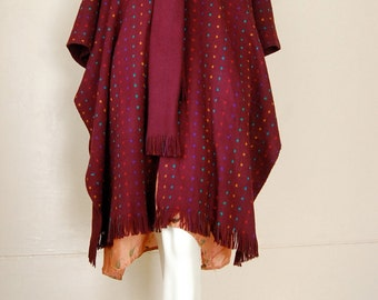 Sweater Poncho Vintage 70s Plum Cube Graphic Chunky Sweater Knit Boho Indie Poncho Blanket Fringe Shawl (one size)