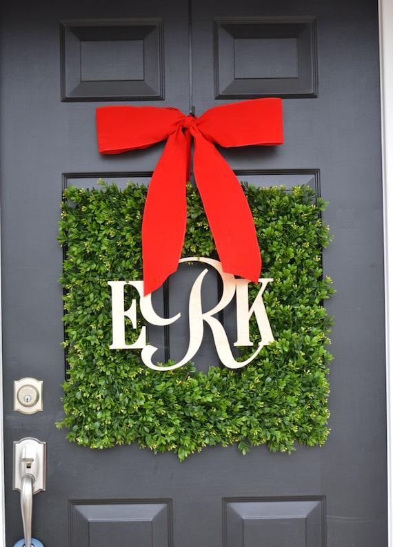 Boxwood Wood Monogram Christmas Wreath- Holiday Wreaths- Monogram Wreath- Holiday Decor- Christmas Decor- Christmas Decoration