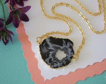 Druzy Geode Necklace Gold, Crystal Necklace, Double Sided Geode Agate Slice, Druzy Pendant, Natural Pendant, Natural Stone, GDSN35