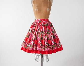 Vintage Floral Skirt, 80s Wide Gathered Cotton Skirt, Bright Red Pink Flower Print, Spring Summer, Rockabilly Dance
