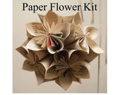 Japanese Paper Flower Kit : a complete vintage book page paper origami kit from the Sago PaperPlay series