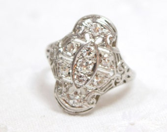 Vintage Diamond Filigree Ring / set in Platinum / Engagement ring / Diamond Ring / Unique engagement ring / Art Deco / Knuckle duster