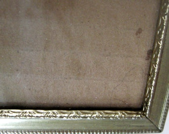Vintage Metal Picture Frame Gold Beaded Edge Decorative Inner Design 5 x 7 Easel 1950s