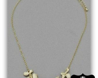 """Gold Hydrangea  Flower Chain Necklace 18"""""""
