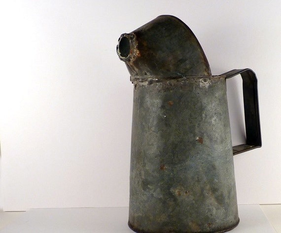 Vintage Galvanized Watering Can / Oil can / Garden / Rustic / Industrial can / grey Vase / watering jug / Bucket / Plant waterer /   6 x 12