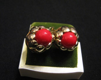 Vintage Gold Tone and Red Glass Ball Daisy Flower Clip Earrings