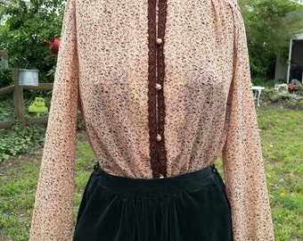 Womens 70s Shirt/ Vintage Shirt/ Ruffled Shirt with Dainty Brown Lace and Tiny Gold Tone Buttons by Tokyo Newmode  Size 10