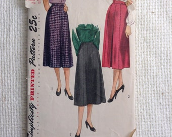 Vintage 40's Woman's Skirt sewing pattern.  Simplicity.  Waist Size 24.   No. 2349.