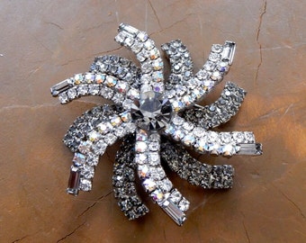 RARE Vintage Hobe' Brooch Stunning Prong Set Smoky Clear Aurora Borealis AB Rhinestones Baguettes Flawless Old Hollywood