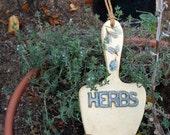 """Ceramic Garden Sign """"Herbs"""" - Trowel Shape with Impressed Leaves - Unique Hanging Sign - Garden Marker Decoration - Gardener Gift - Leaves"""