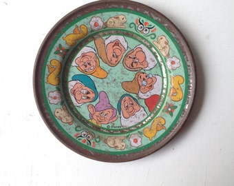 Disney antique collectible SEVEN DWARFS tea plates