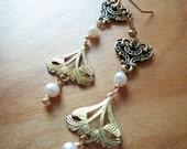 Pearl earrings dangle | gold | art nouveau | fashion | chandelier