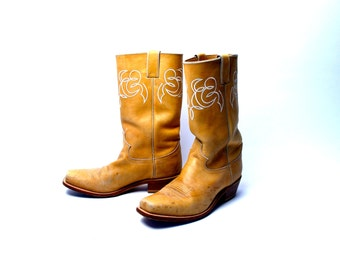 1980's Camel Colored Cowboy Boots by Justin Boot Company, Rare and in Wonderful Condition