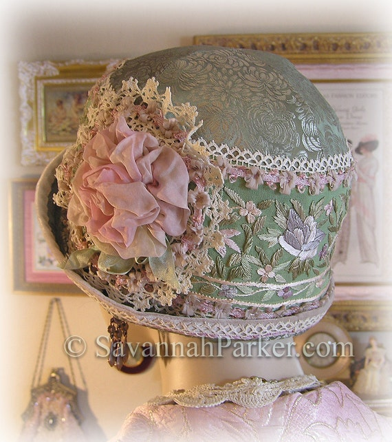 Antique Style 1920s Gatsby Flapper Downton Abbey Cloche - Green and Lilac Pink Vintage Hand Embroidered Silk - Ribbonwork Trim