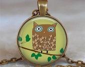 Retro Brown Owl pendant,  owl jewelry, owl necklace charm, owl key chain, owl key fob, owl keychain, resin pendant, owl jewellery