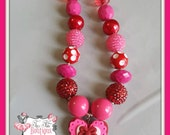 RED and PINK HEART Valentines Chunky Necklace- Chunky bubblegum necklace, Girls chunky necklace, Gumball necklace, Bottle Cap necklace