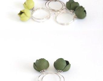 Leather earrings with Moss green flowers