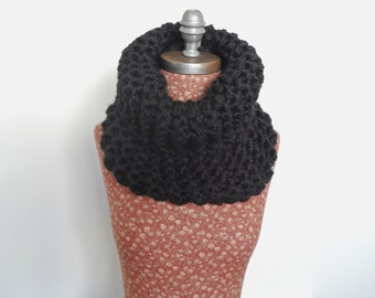 Ultra chunky knit cowl, Black Cowl, Chunky Cowl, Bulky Scarf, Black Knit Scarf, Black Neckwarmer, Soft Scarf