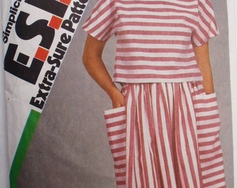 Women's Extra Sure Pattern - Boatneck Top and Full Skirt - Simplicity 6287 - Size 8, Bust 31 1/2