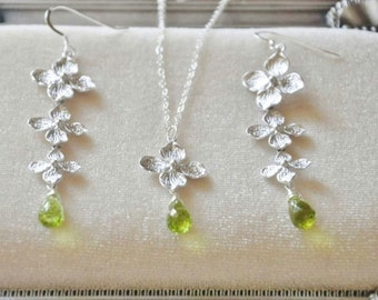 Sterling Silver Hydrangea Flowers Jewelry Set with Green Peridot Gemstones- Earrings and Necklace, Gift for her, Dainty Feminine, Botanical