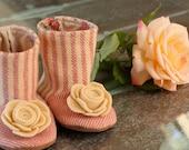 Baby Flower Boots - PDF Pattern