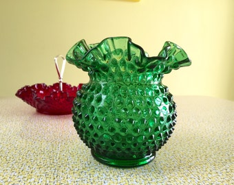 Fenton Hobnail Vase * Emerald Green Glass * 1960s Vintage Fenton