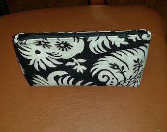 100 % Linen Make-up bag, Organizer bag , Small Electronic Bag