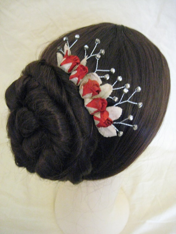 Bridal Hair Comb. Red paper Roses and wired Crystals. HANDMADE.