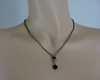 SALE Vintage Rhinestone Teardrop Necklace with Box Chain