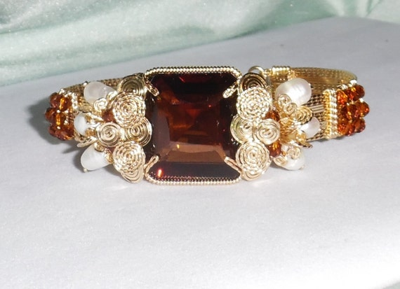GENUINE 61ct Emerald cut Madeira Citrine gemstone,  14kt yellow gold Bracelet