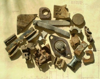 19 Rusty Metal Parts - Found Objects for Assemblage, Sculpture or Altered Art - Industrial Salvage - Salvaged Supplies