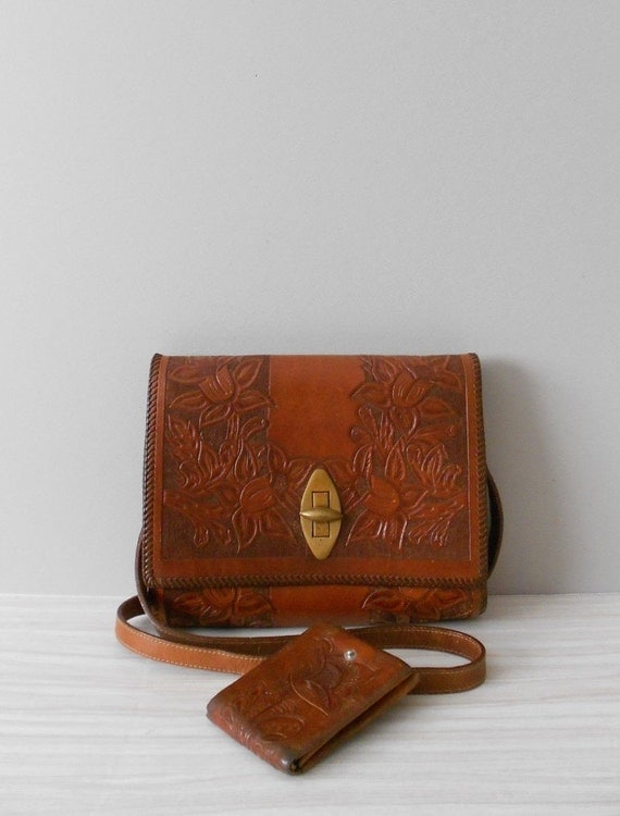 vintage tooled brown leather purse with wallet // aztec, western purse