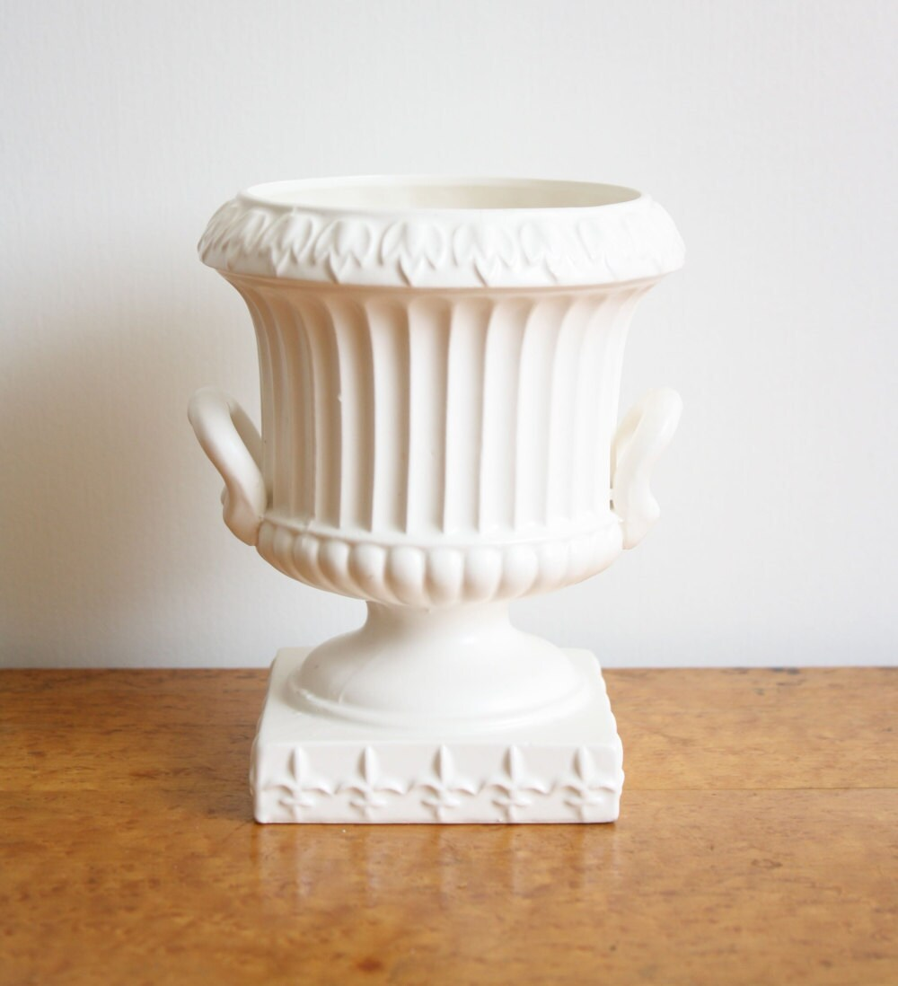 Vintage Bone White Inarco Japan Urn Vase Planter