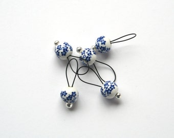 Bead Stitch Markers - snag free - blue flowers on ceramic 8mm round - set of 5