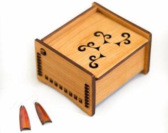"""4"""" Bench Box - Sun Spiral Design"""