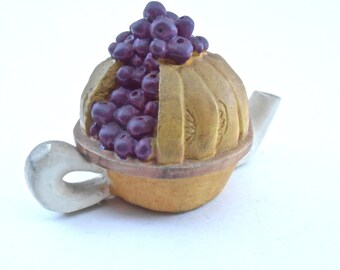 Vintage Blueberry Pie Teapot Mini Kettle Ceramic Miniature Purple Fruit Pottery Kawaii Mustard Earthenware Blueberries Dessert Collectible