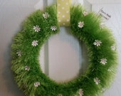 "Spring/Summer Wreath - ""Grass"" Wreath with Furry Yarn and White Flowers"