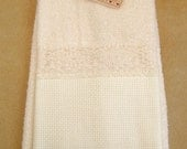 Vanilla Lace-Trimmed Stitchable Velour Towel