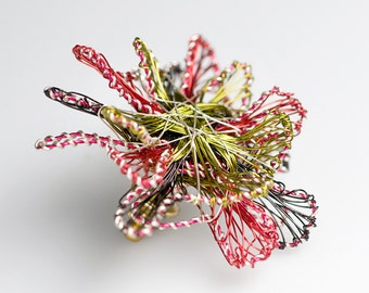 Red Flower Brooch Pin Unique Brooch Wire Sculpture Flower Brooch Jewelry Modern Jewelry Art Jewelry Unusual Flower Red Jewelry Mothers Gift.