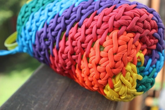 nalgean 32oz rainbow cozy 550 paracord cover crocheted. Black Bedroom Furniture Sets. Home Design Ideas