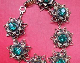 Vintage  Bracelet Seven Emerald florets