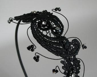 Wedding head piece. Bridal hair piece. Gothic or Burlesque.