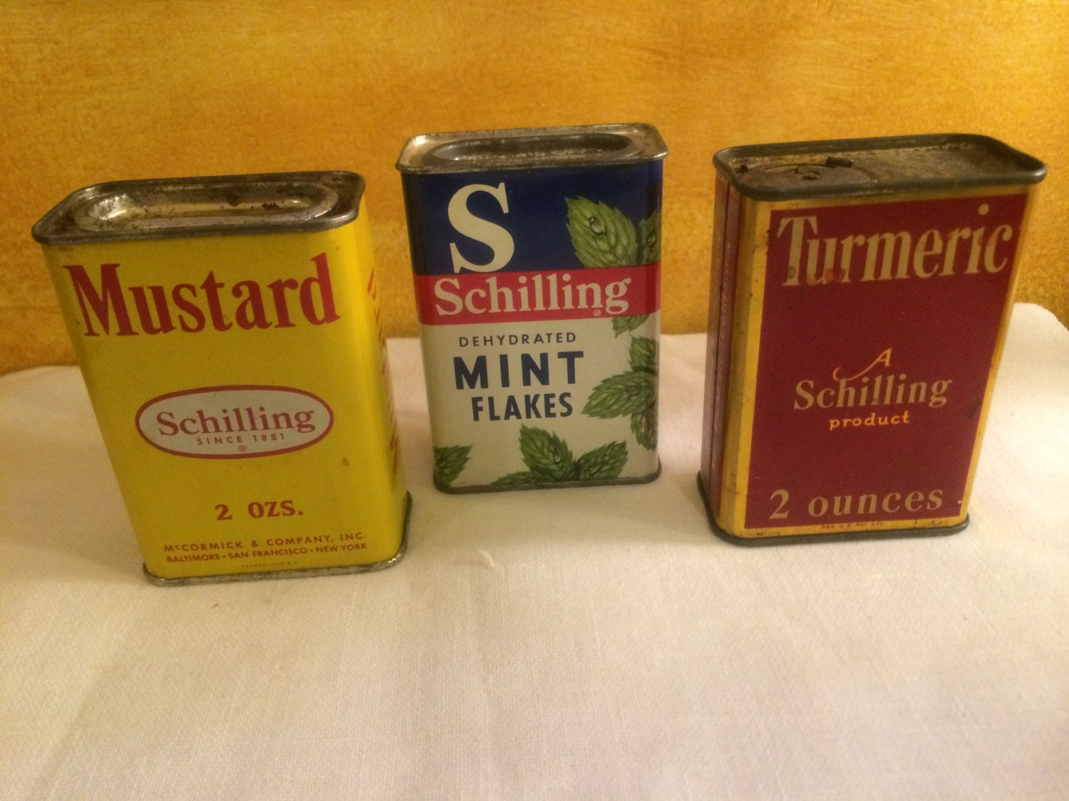 Vintage schilling spice tins lot of 3 three by for Retro kitchen set of 6 spice tins