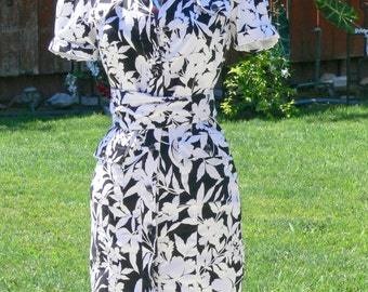 black and white cotton dress size  6-8