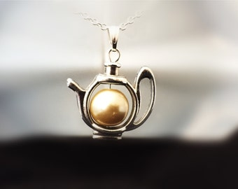 Mother's Day Gift, Cream Pearl Teapot Pendant, Teapot Pendant,Pearl Teapot Pendant,Teapot Necklace,Teapot Jewelry,Teapot,For Tea Lovers