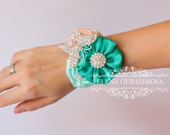 Corsage wrist Bracelet for mint peach brooch bouquet