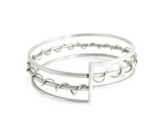 Twisted Spiral Bangle Bracelet - Contemporary Wire Bangle - Spiral Bracelet - Silver Spiral Bangle - Modern Handmade Jewelry - Unique Bangle