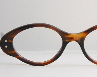 Vintage 50's Kono Atomic Tortoise Shell Cat Eyeglasses
