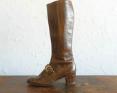 60's BUCKLED LEATHER BOOTS - Faux Crocodile / Brown / Mod / Boho / Hippie / 6.5