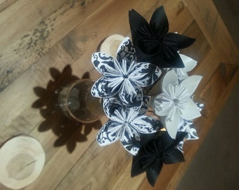 Black / Damask (Black on White) / Damask (White on Black) / Silver Mettallic Paper Flower Bouquet w/Green Stems